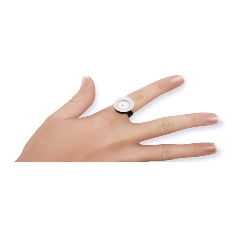 Farbtöpfchen u. Fingerring steril verpackt.